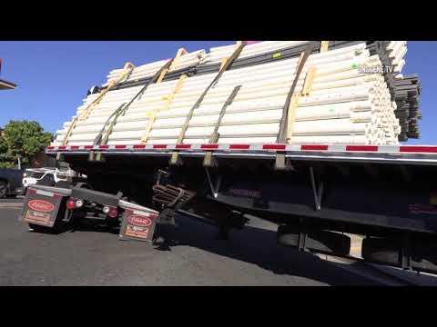 El Cajon: Truck Almost Loses Load 12012017