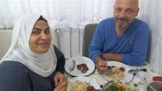 حبيباتي بنات اليوم اني مريضه شوفو ابو يوسف شسوالنه غده يخبل