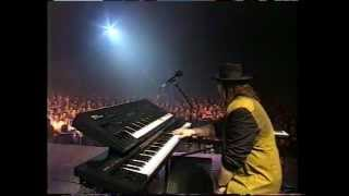 Toto - Live in Paris - Hold The Line - full extended version