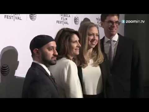 Pregnant Chelsea Clinton hits Tribeca Red Carpet