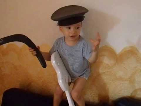 Александр Рыбак и его маленький поклонник! Прикол!