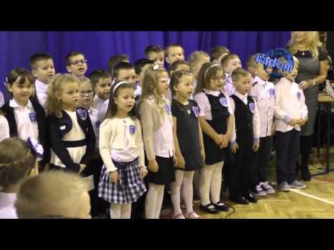 Ślubowanie Uczniów Klas Pierwszych W PSP 33 W Radomiu