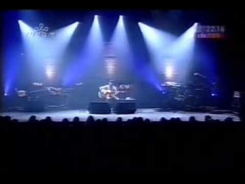 Rea��o em Cadeia - Ac�stico Teatro S�o Pedro 2003 - COMPLETO