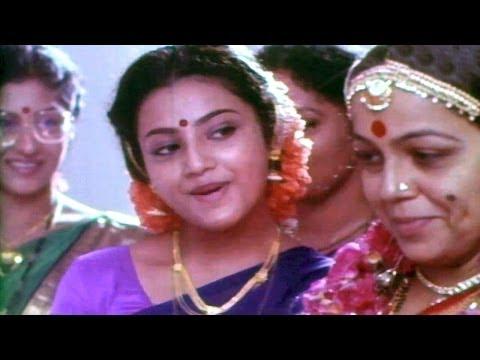 Seetharamaiah Gari Manavaralu Songs - Velugu Rekhalavaru - MeenaANR...