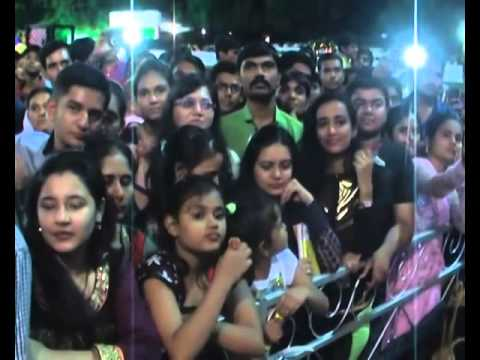 Tarak Mehta's Actress Babita Alias Moonmoon Datta Navratri Enjoy In Gujarat video