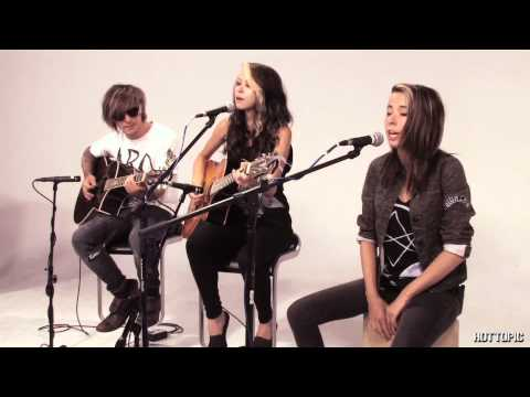 Hot Sessions: Courage My Love