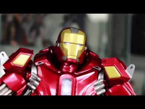 Iron Man 3 Hot Toys Mark XXXV Red Snapper Power Pose 1/6 Scale Figure Review