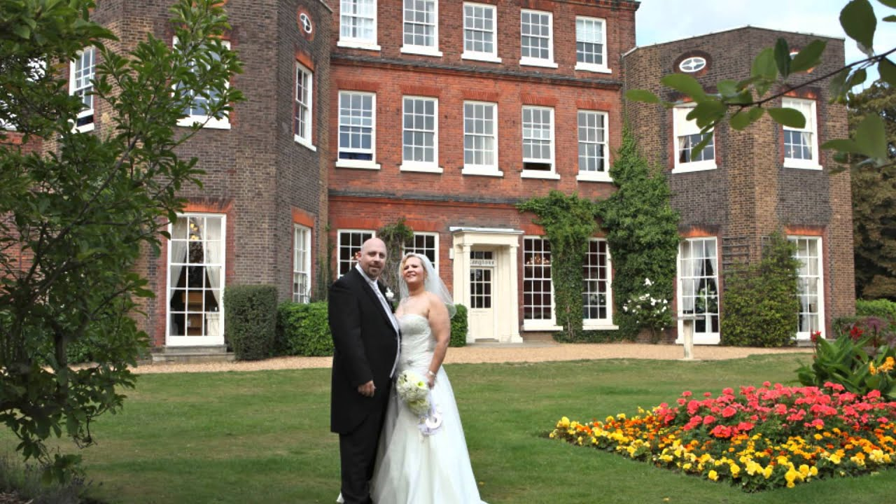 Fareham registry office wedding