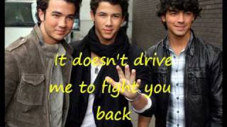Jonas Brothers-World War III (con letra)