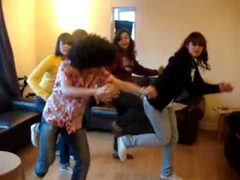 SAUDI SAMBA DANCING IN UK .....السامبا السعودية في الخارج