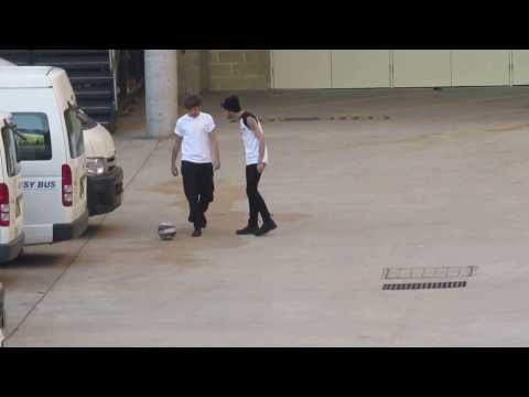 Louis Tomlinson playing soccer feat. Zayn Malik on BMX 24/10/13