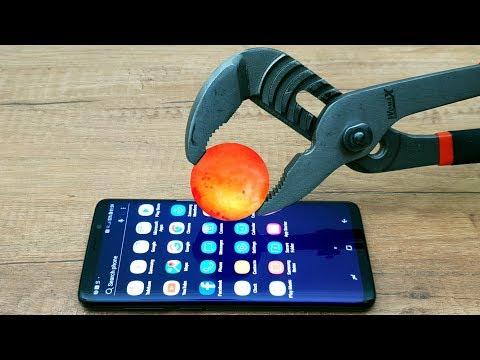 EXPERIMENT Glowing 1000 Degree METAL BALL vs Samsung Galaxy S9+