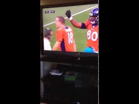 Peyton Manning Yelling at Julius Thomas