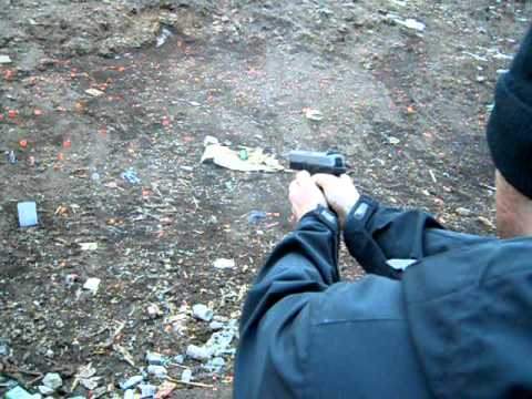 Shooting Smith and Wesson Sigma .40 VE