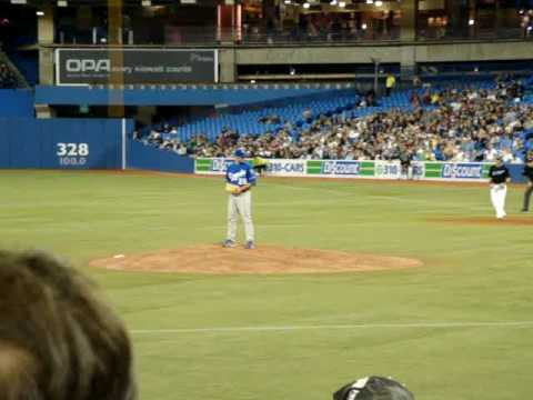 Aaron Hill's 13th homerun of the season - Royals @ Blue Jays 6/7/09 Video
