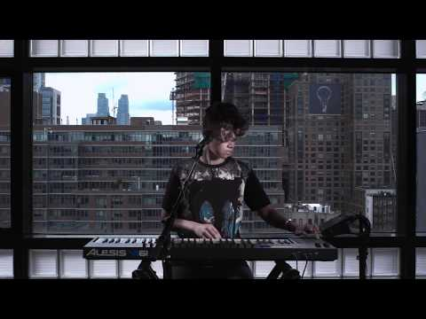 Alesis VI61 Keyboard and Beatbox Performance Featuring Butterscotch