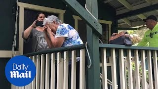 Woman surprises her grandparents with a new HOUSE in Hawaii
