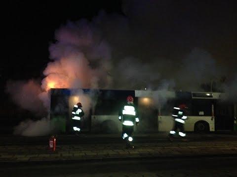 Pożar Autobusu Na Pętli W Szczecinie