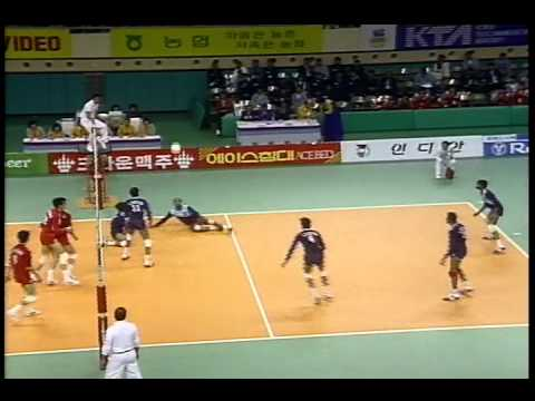 SANDEEP SHARMA -INDIA - VOLLEYBALL ACTION - SEOUL  ASIAN GAMES 1986