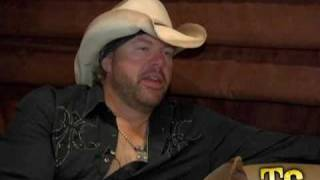 Watch Toby Keith Weed With Willie video