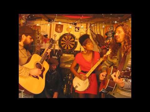 Birds Of Chicago - Mountains Forests - Songs From The Shed Session