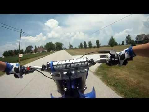 Yamaha Yz 125 Wheeling et Crash