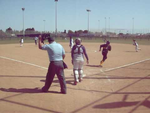 Nathalie Hernandez Beats St. Francis With Walkoff Hit