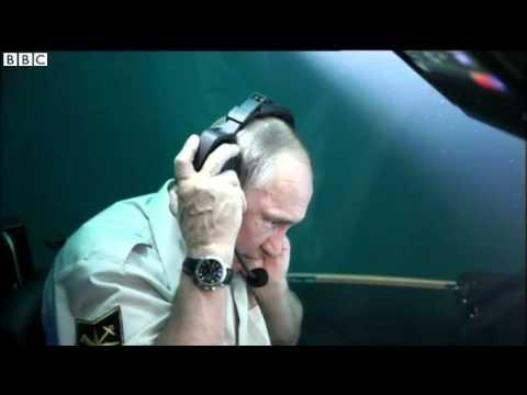 Putin in Crimea: Leader dives on Black Sea shipwreck in minisub