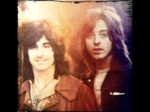Badfinger - Sail Away