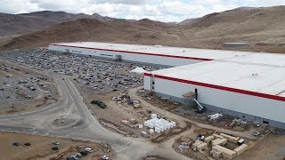 TESLA GIGAFACTORY: April 2018 | Scaling Up The Largest Battery Factory In The World