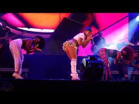 Anitta - Bang Show ao vivo em Fortaleza Siriguella