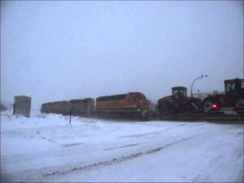 4 EMD's in Elk River, MN, on 12/11/2010