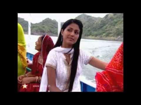 Tu Peheli Kiran Hai Subha Ki - Akshara's Entry Song video