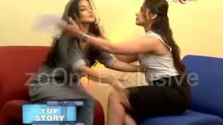 Download Rani Vidya kiss each other 3Gp Mp4