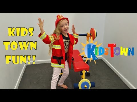KIDS TOWN!!! Interactive Discovery Center PRETEND PLAY * Pirates Princesses and Doctors*