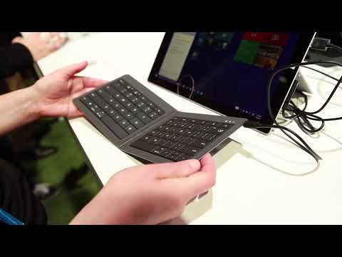 Microsoft Universal Foldable Keyboard hands-on