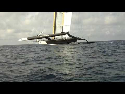 BMW/Oracle America s Cup Trimaran - Going FAST