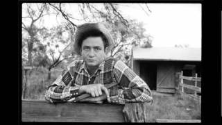 Watch Johnny Cash Im Ragged But Im Right video