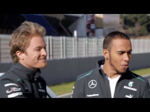 Nico Rosberg and Lewis Hamilton in: Formel 1 -  F 1 - Grand Prix Backstage (13): Braking - Bremsen