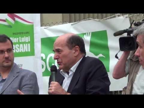 Bersani apre la festa del Pd a Collegno