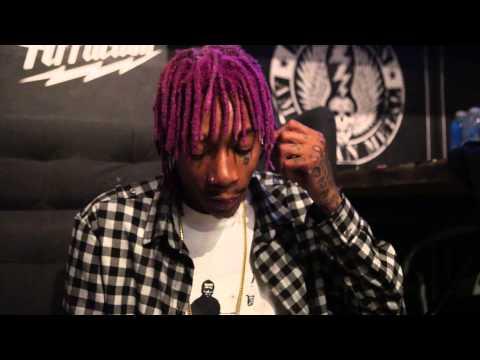 Wiz Khalifa - DayToday: Blacc up in this bitch
