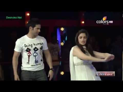 Karan Johar Dancing On The Song Radha From Movie Student Of The Year On Bigg Boss video
