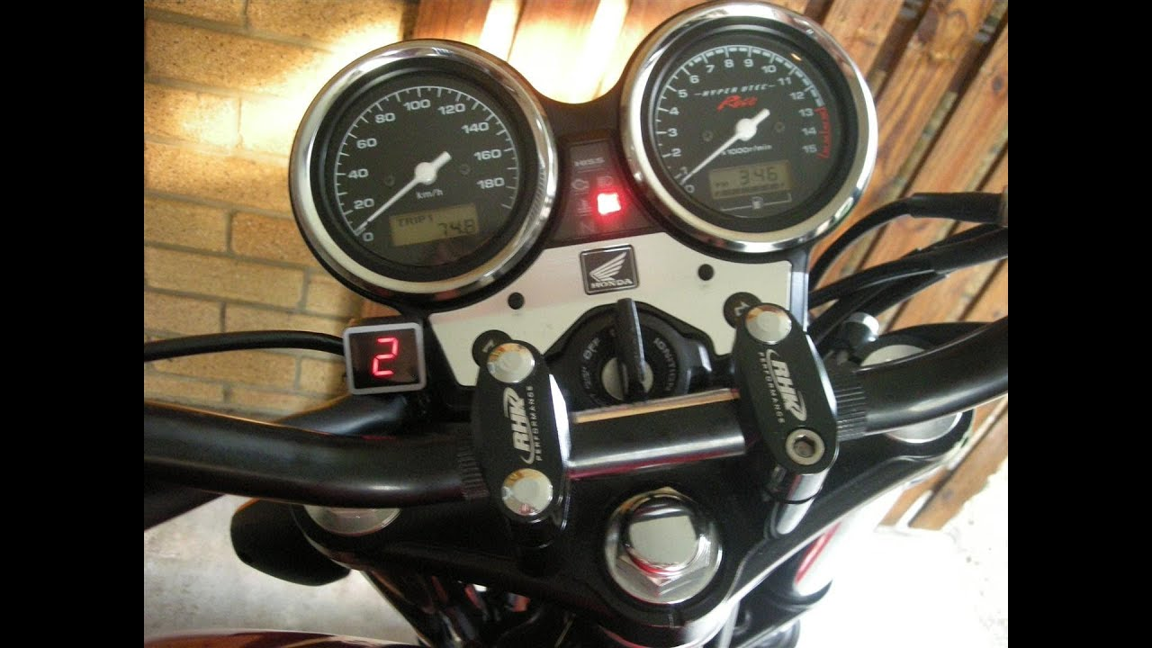 Gear Shifting on a Motorcycle Motorcycle Digital Gear