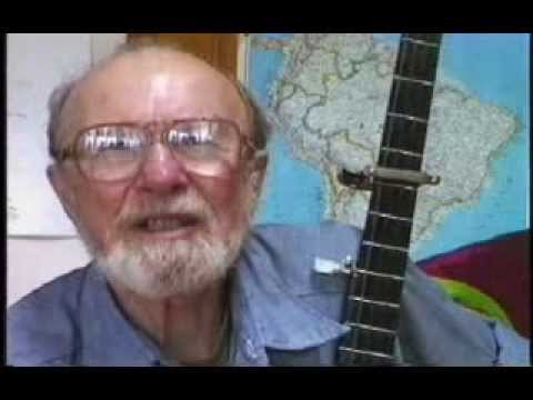 Pete Seegers (পিট্ সীগার ) view on Kabir Suman...