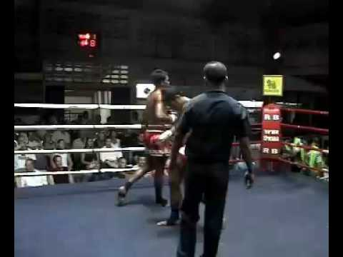 Ritt (Tiger Muay Thai) wins with liver shot KO Phuket, Thailand