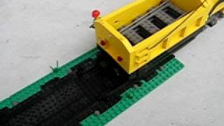 LEGO Track laying machine... and it works! 2