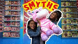 Kids Pretend Play | Naiah and Elli Spend £200 at Smyth's Toy Hunt Challenge