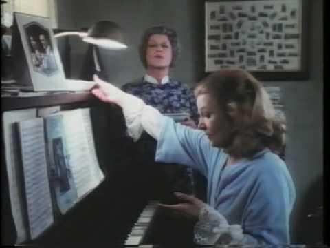 BETTE DAVIS & GENA ROWLANDS STRANGERS 1979 9/10