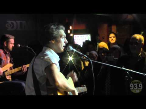 93.9 Live River Session: Paolo Nutini - Looking For Something