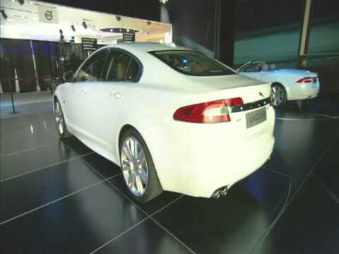 Jaguar XK - экстерьер и интерьер